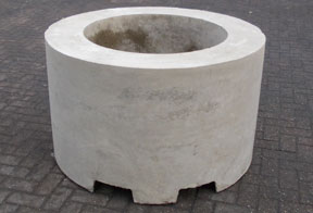 cylindrical concrete barriers